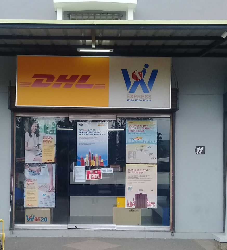 DHL and W Express store